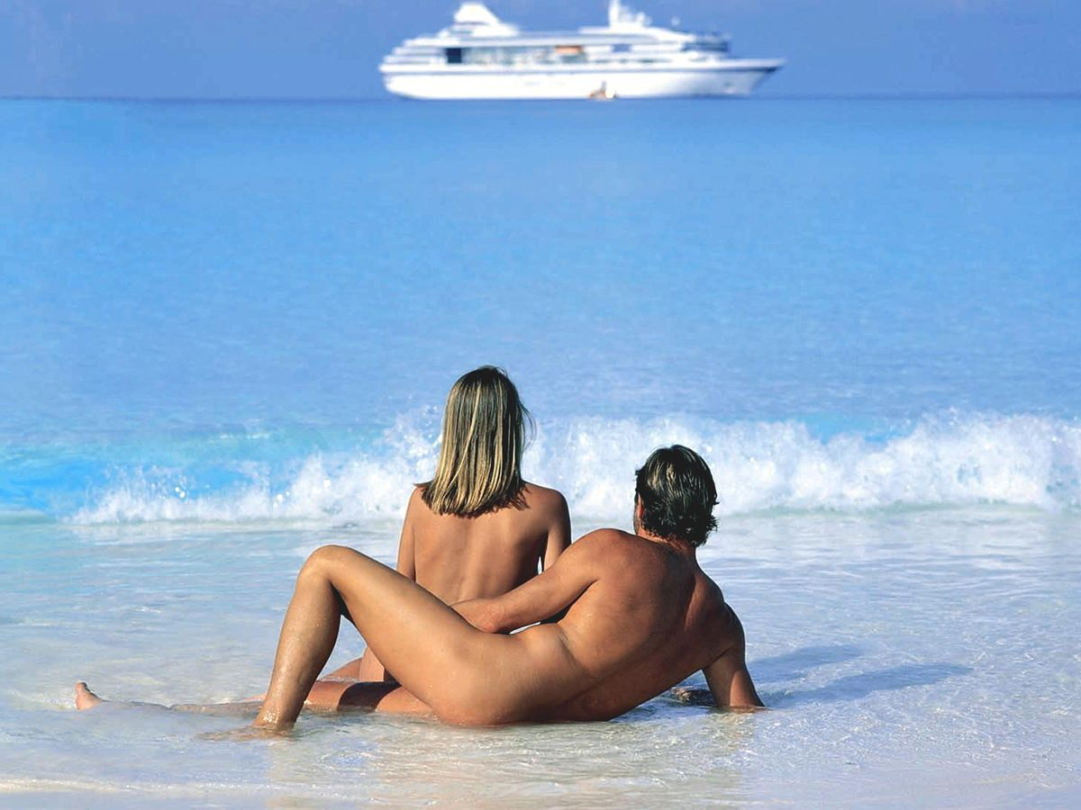 Young nudist couple sex