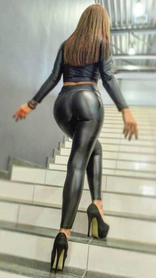 Thick women in spandex pics
